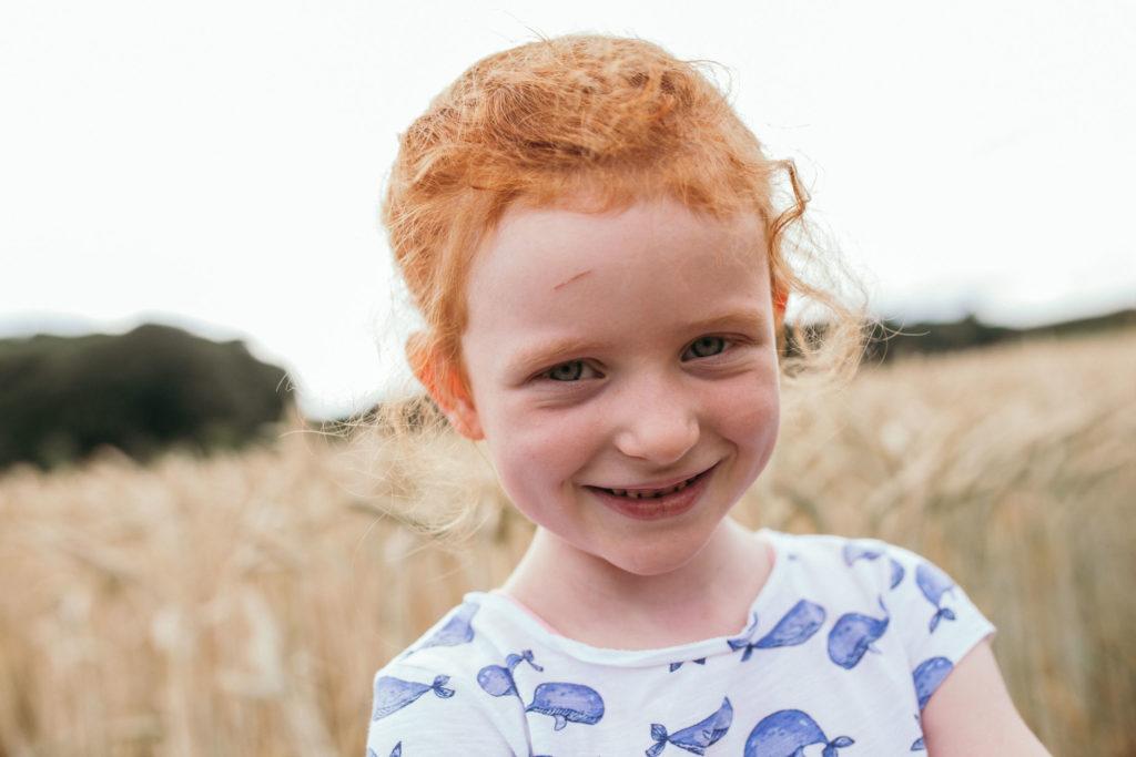redhead, Mädchen im Kornfeld, rote Haare